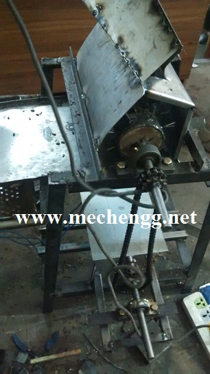 Agricultural Project -Sunflower Thresher
