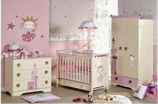 habitación bebé rosa blanco