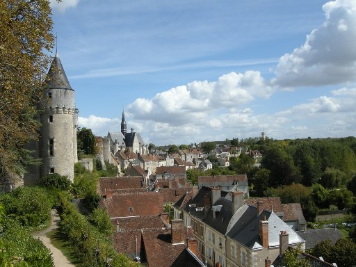 Looking over the rooftops of the village of Montresor from tes chateau