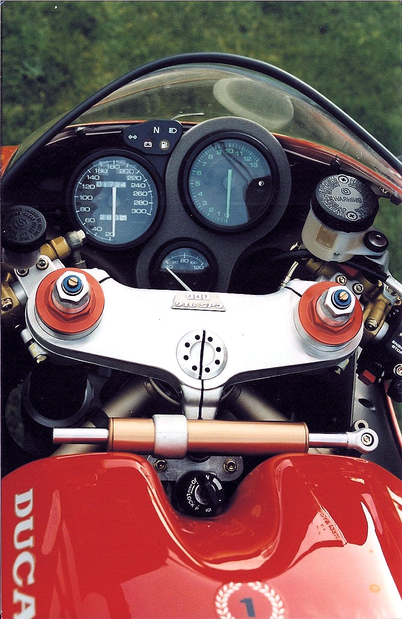 Oddbike Ducati 916 Sp Sps Ultimate Desmoquattro Superbikes Part Ii 1999 996 Electrical Wiring Diagram 1996 Sp3 Note The Numbered Plaque On Triple Tree
