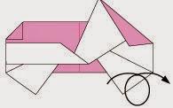 Bước 8: Lật ngược mặt đằng sau tờ giấy ra đằng trước.