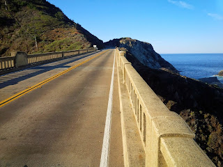 Open road along the coast in San Francisco, perfect for riding along.