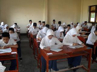 UN SMP/ MTs Tahun 2016 beserta Pembahasannya