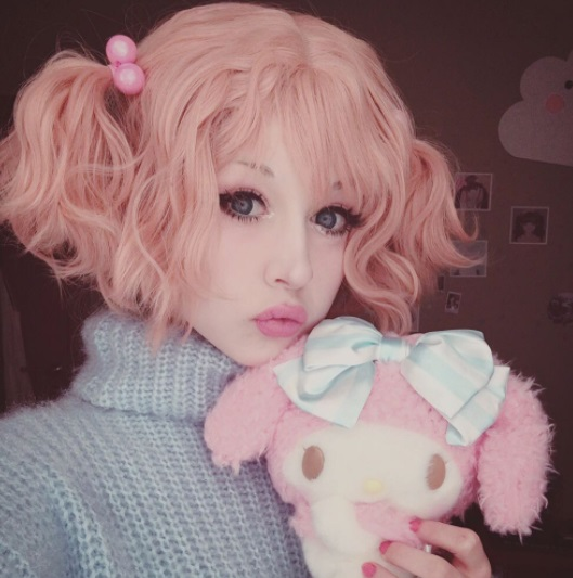 Instagram anzujaamu peach pink hair kawaii makeup adorable anime
