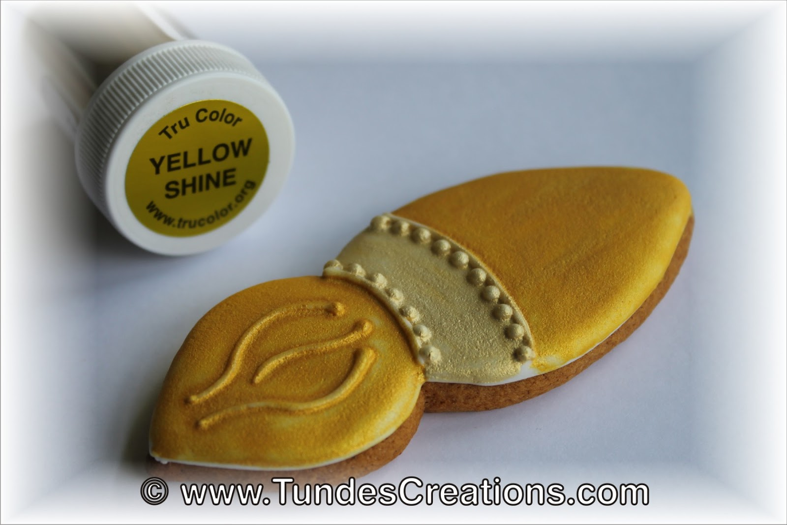 The Gingerbread Artist: TruColor Color Guide 1 - Airbrush Shine ...