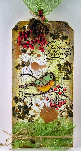http://www.suzzstampingspot.blogspot.com/2013/10/stampendous-and-scrapbook-adhesives-hop.html
