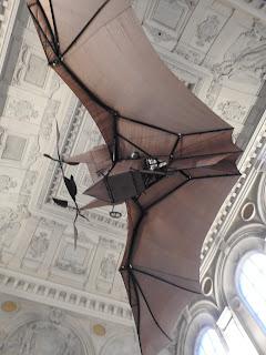 מטוס בצורת עטלף