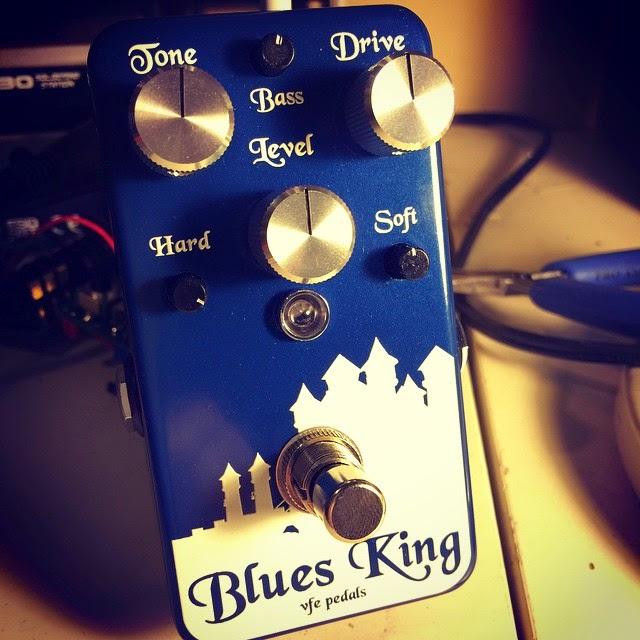 gear otaku vfe pedals blues king v3 analog man king of tone marshall bluesbreaker. Black Bedroom Furniture Sets. Home Design Ideas