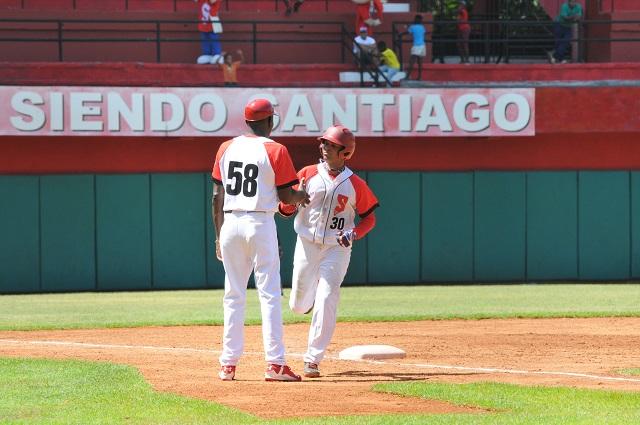 Maykel Castellanos es una de las piezas claves en las aspiraciones de la Avispas santiagueras