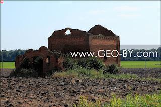 Савичи. Руины винокурни Войниловичей