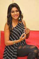 Akshida in Black Tank Top at Kalamandir Foundation 7th anniversary Celebrations ~  Actress Galleries 075.JPG