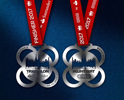 Medalla finisher Barcelona Triathlon by Santander 2017