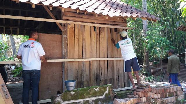 Memulai bedah rumah pasien TB di Silo