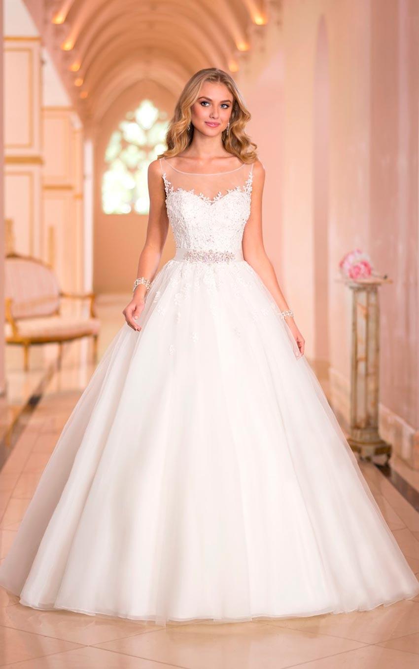 Vestidos de novia estilo princesa con corset
