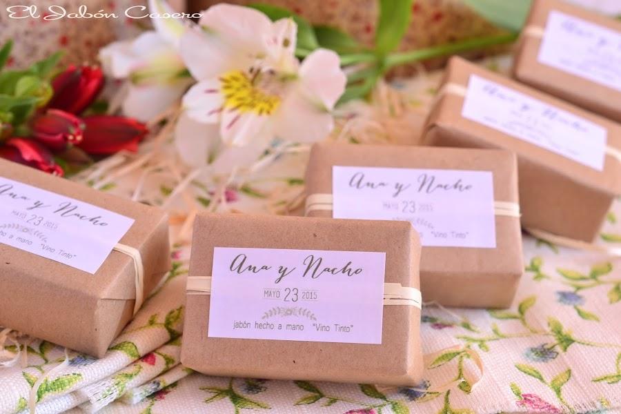 detalles de boda para hombres jabones de vino tinto
