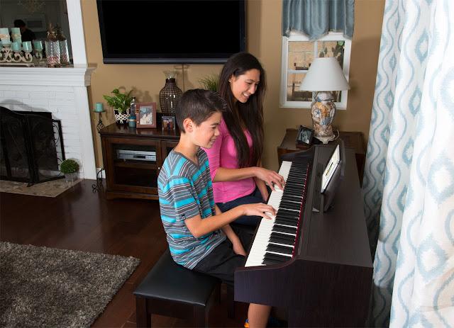 Giá Bán Đàn Piano điện Roland RP401R Hôm Nay
