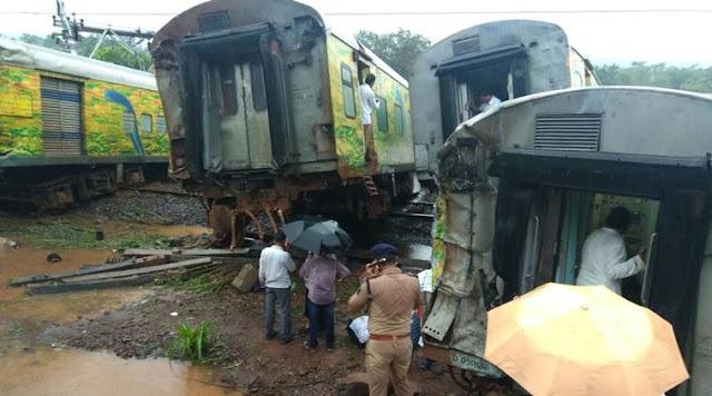 Nagpur-Mumbai Duronto Express, nagpur mumbai train derailed, duronto express, Duranto Express Derailment, nagpur mumbai duronto derails, train accident, duranto accident, nagpur mumbai duranto express, nagpur mumbai train derails, indian express news Nagpur-Mumbai Duronto Express derailed between Vasind and Asangaon Nagpur-Mumbai Duronto Express, nagpur mumbai train derailed, duronto express, Duranto Express Derailment, nagpur mumbai duronto derails, train accident, duranto accident, nagpur mumbai duranto express, nagpur mumbai train derails