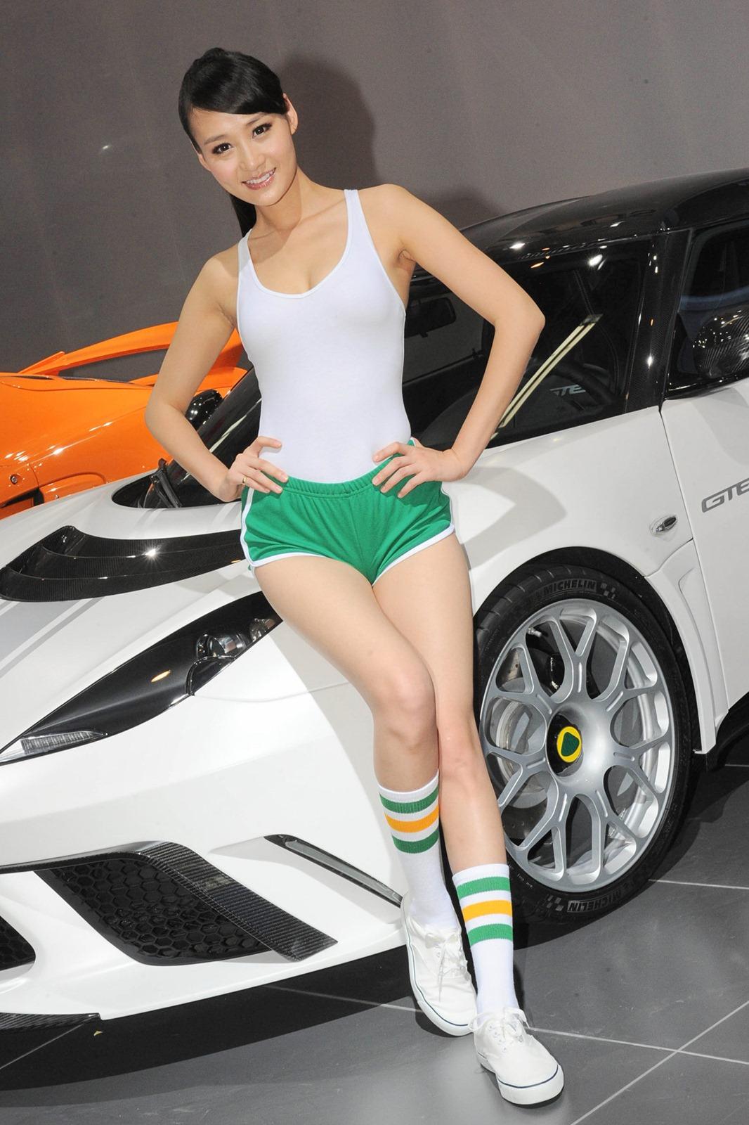 beijing moto show girls