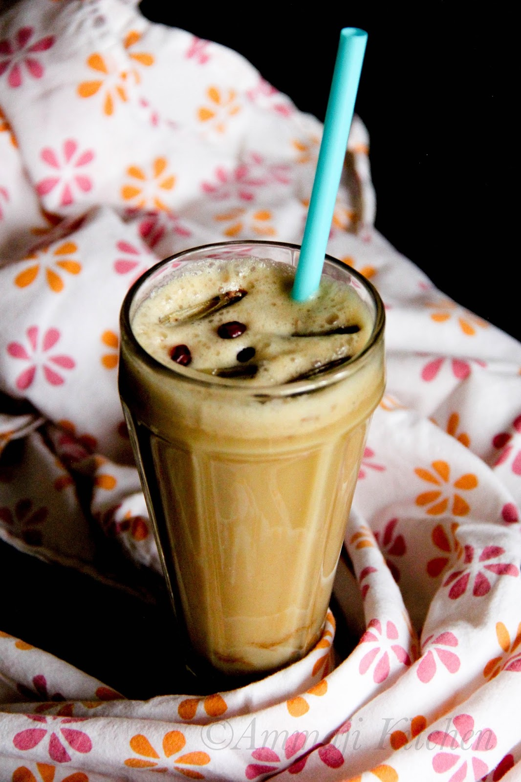 Apple Milkshake with Almond Milk