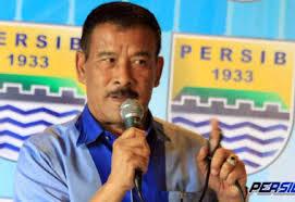Umuh: Persib Bandung Mulai Mencari Pelatih Baru Pengganti Gomez