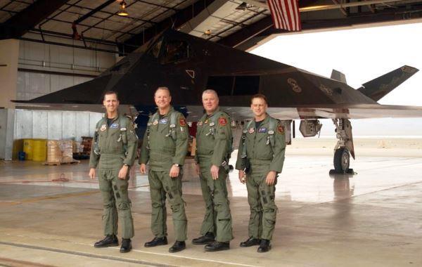 Mantan pilot F-117