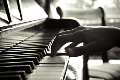 DẠY HỌC NHẠC PIANO, ORGAN & GUITAR TẠI QUẬN 2, QUẬN BÌNH THẠNH HCM