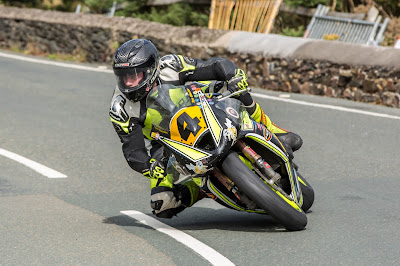 Race Manx GP Winner Tom Weeden at GT Superbikes on Saturday on the ManxGP Game!