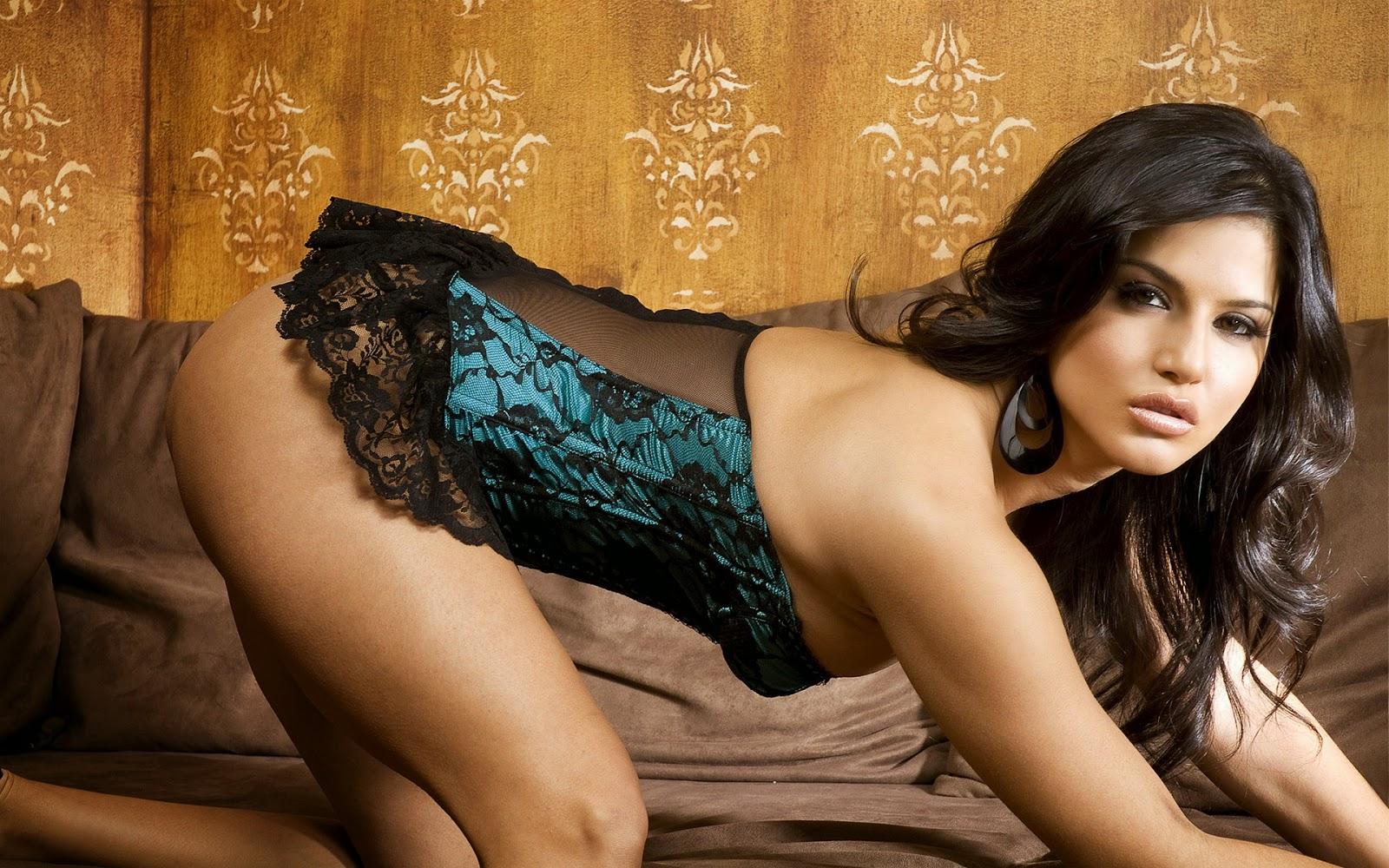 Sunny Leone Virtual Blowjob 82