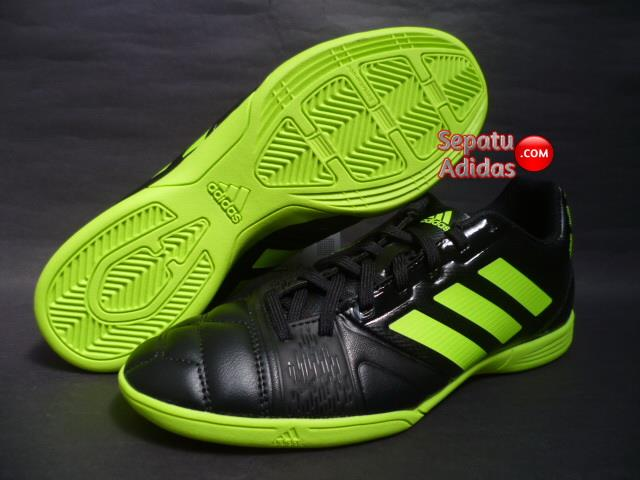 ab5e3e28512 ... promo code for sepatu futsal adidas original c6bc6 8d877