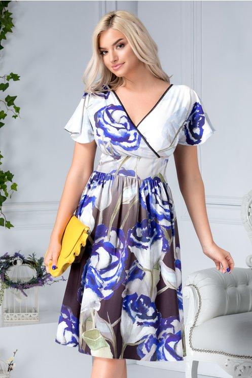 Rochie marime mare de vara petrecuta cu print floral albastru