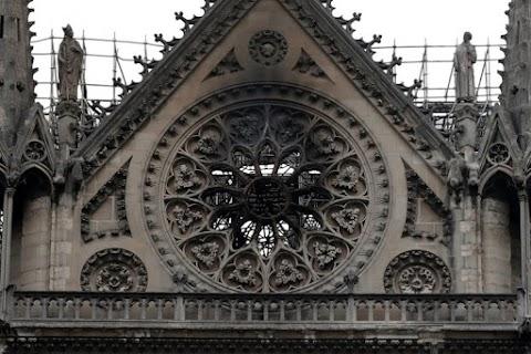 A Notre-Dame teljes megsemmisítésével fenyeget egy iszlamista csoport