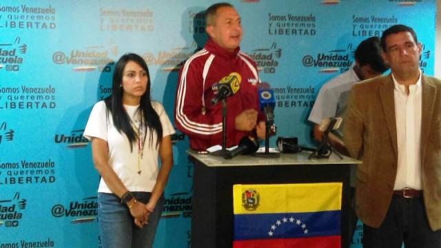 Los diputados Delsa Solórzano y Richard Blanco hicieron un balance de la jornada de la protesta