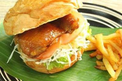 Resap Hamburger Ayam Bakar Madu