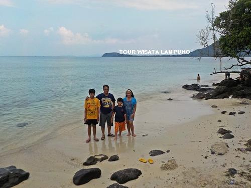 pulau kelagian lunik destinasi tour wisata lampung