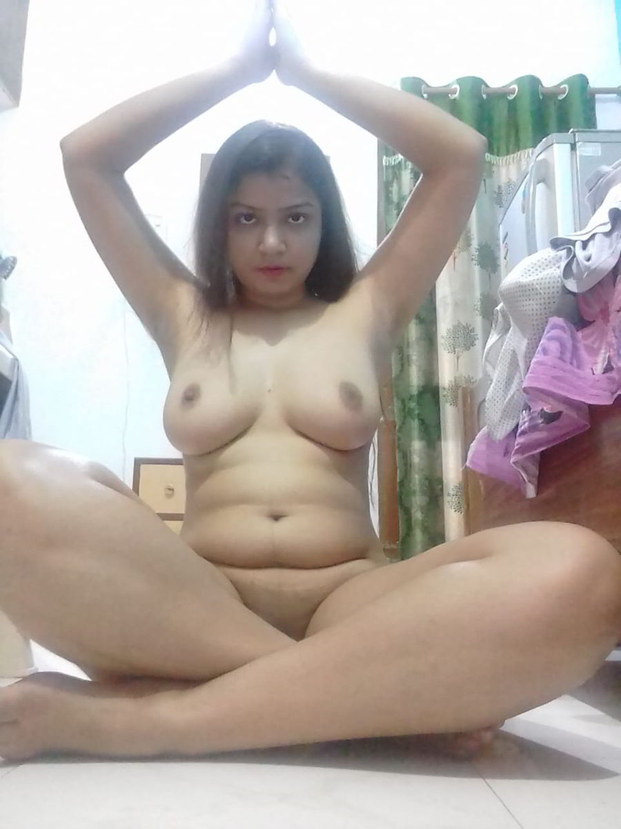 Super Hot Desi Girl Nude Show - Female Mms - Watch Sex -8603