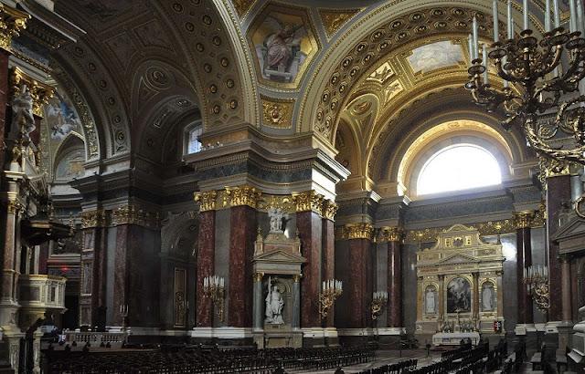 Visita à Basílica St. Stephen's