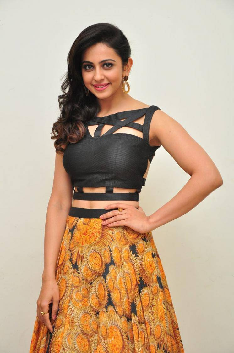 Rakul Preet Singh Pics At Audio Launch In Black Dress