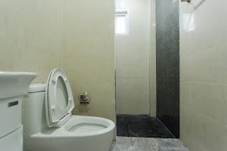 ห้องน้ำในแบบบ้านสองชั้น ราคา 1.5 ล้าน บาท