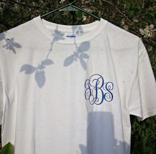 Cut One Designs by Robin: Monogrammed t-shirts