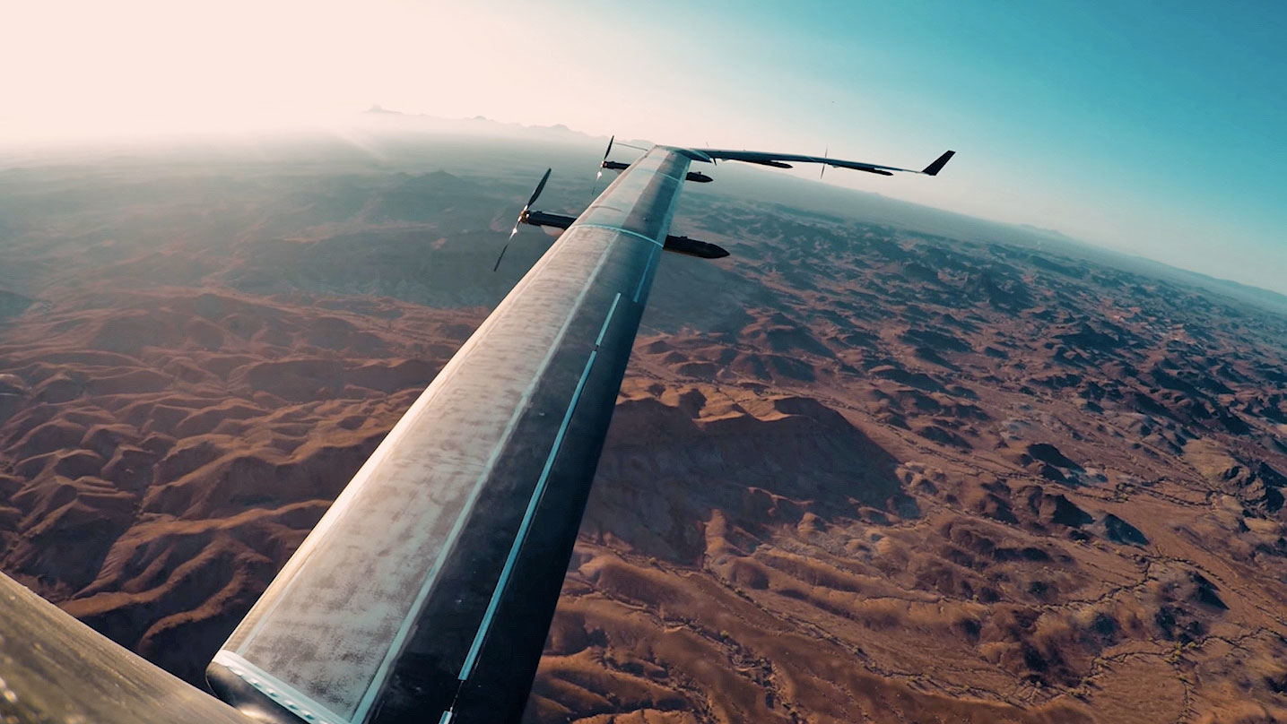 Facebook permanently grounds its Aquila solar-powered internet plane