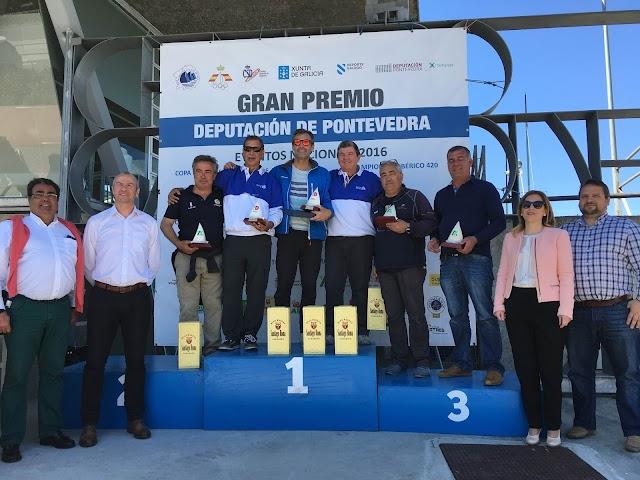 MIGUEL SALVADOR DEL CLUB DE VELA PORT ANDRATX SE PROCLAMA CAMPEÓN DE ESPAÑA DE VELA RADIO CONTROL CLASE UN METRO