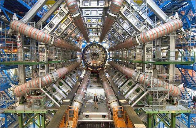 ATLAS (A Toroidal LHC ApparatuS) en el CERN