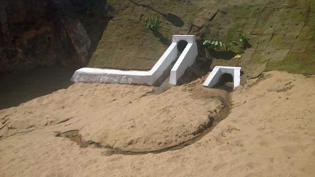 Praia de Santana ainda com os mesmo problemas. Isso é uma vergonha!