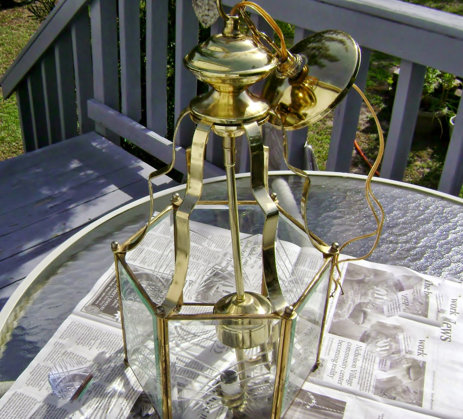 Mimi Mine : Painting A Carriage House Lantern Style Light