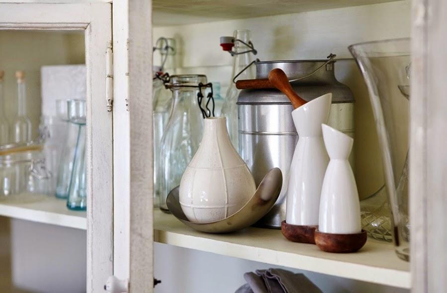 Mieszkanie w skandynawskim stylu z dodatkami vintage, wystrój wnętrz, wnętrza, urządzanie domu, dekoracje wnętrz, aranżacja wnętrz, inspiracje wnętrz,interior design , dom i wnętrze, aranżacja mieszkania, modne wnętrza, białe wnętrza, styl skandynawski, vintage, starocia