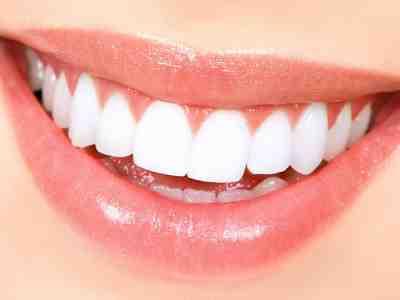 خلطه لتبيض الاسنان مضمونه ومجربه