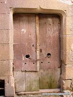 Sauvagnat sainte-Marthe, Puy de Dôme.Porte de cave.