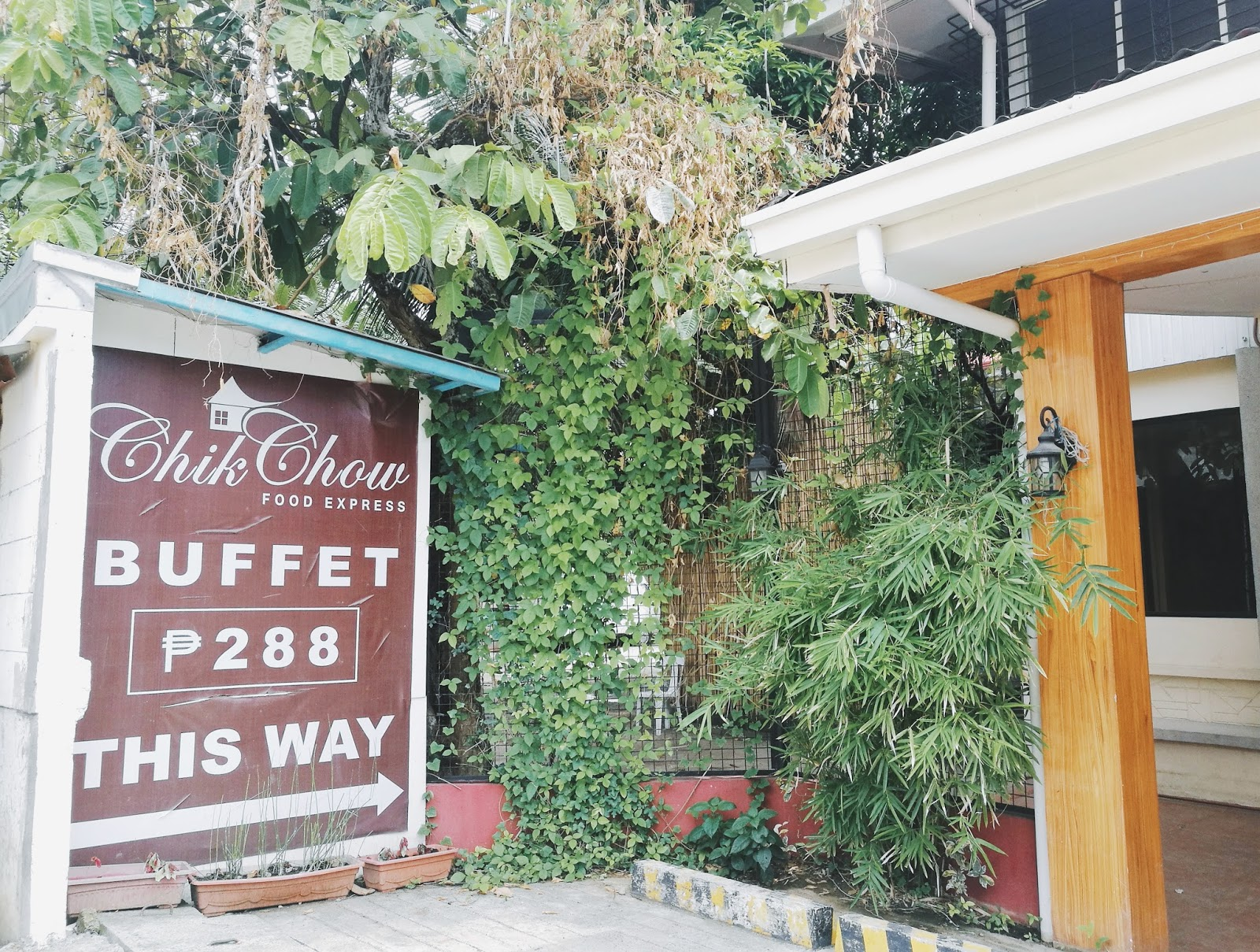 Affordable Buffet Dining at Chik Chow Food Express
