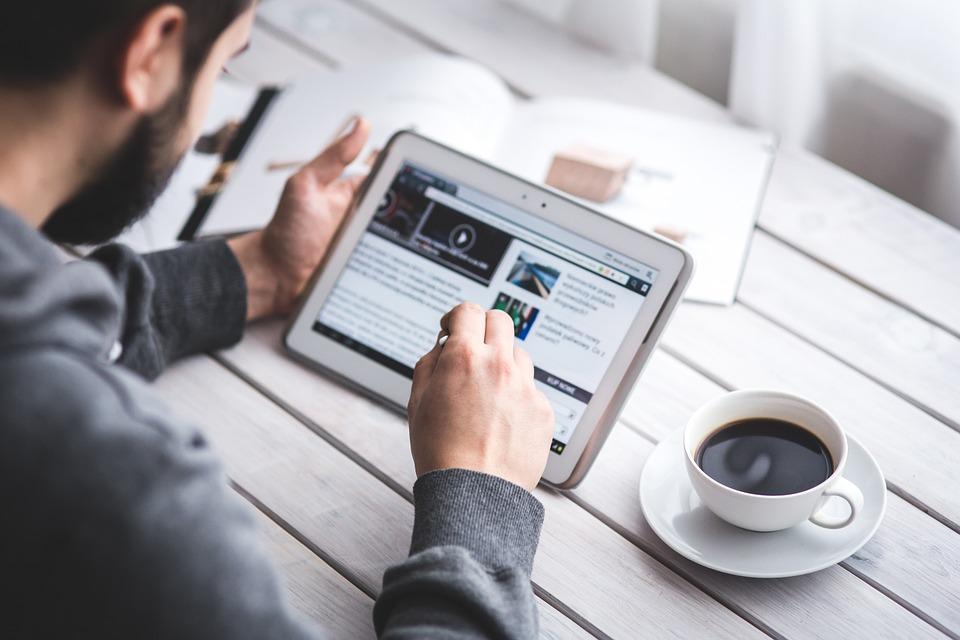 Menulis untuk adsense atau blogging ??