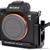 New Custom Modular L Bracket for SONY α7II from Sunwayfoto